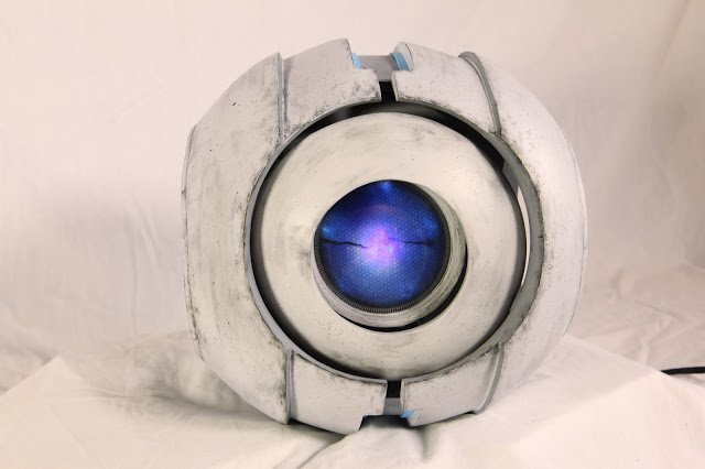 Talking Wheatley Robot