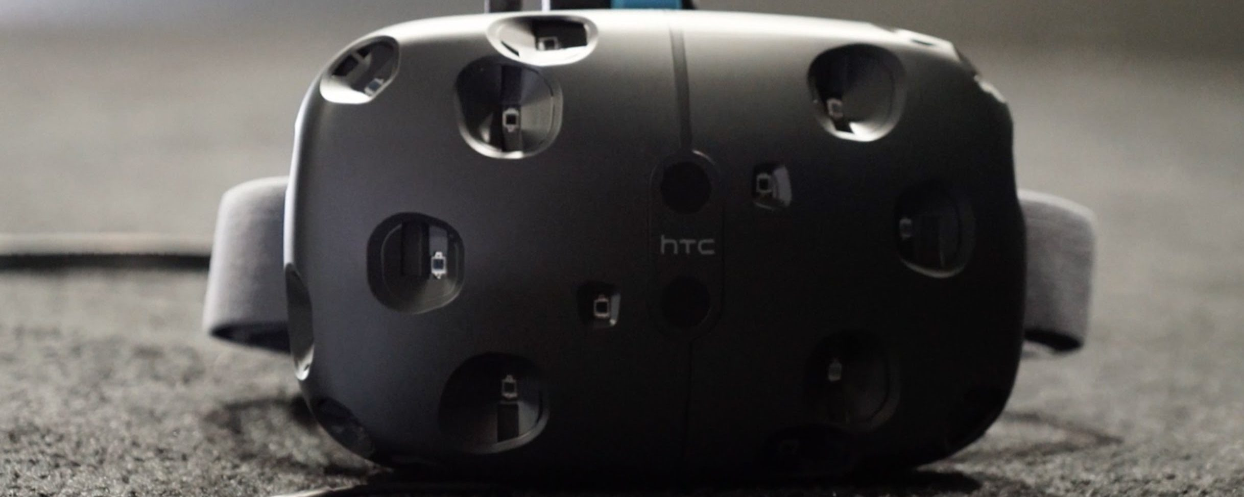 Launches of Oculus Rift, HTC Vive Hit Minor Bumps