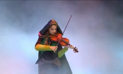Lindsey Stirling Performs Live at DOTA 2 International - #GTUSA 1