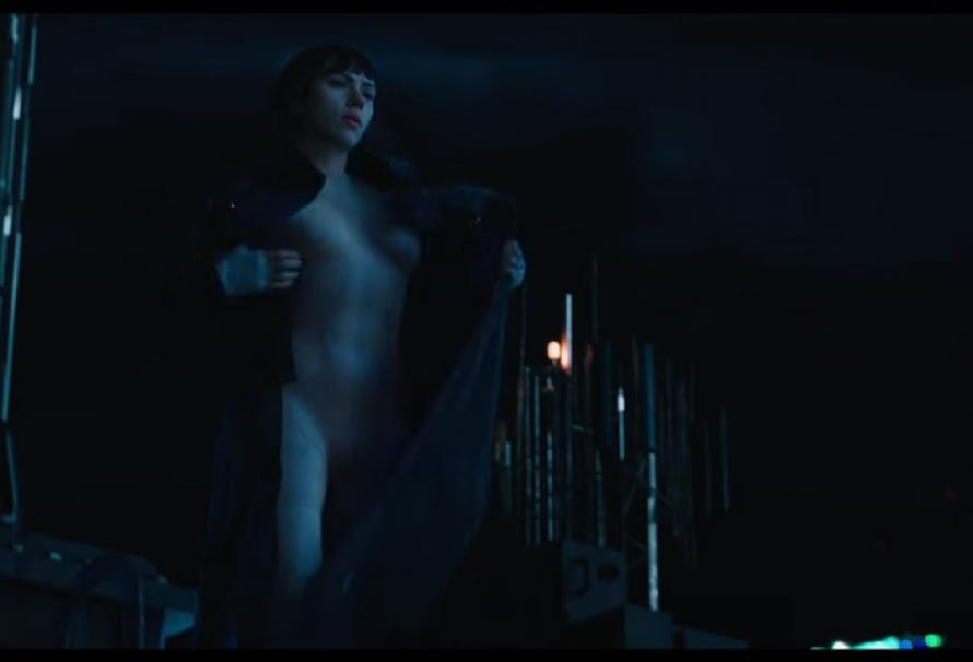 "Scarlett Johansson Is Looking Good In ""Ghost in the Shell"" Trailers"